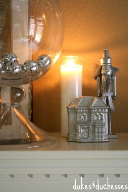 Silver Mantel with candlelight | #silverandgold #christmas #christmasdecor