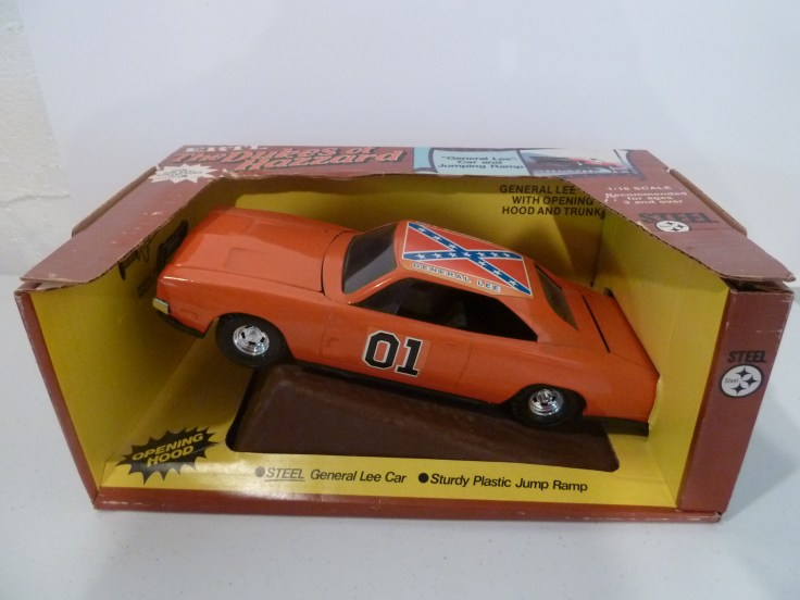 Ertl 1/16 Steel General Lee Boxed