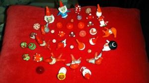 © Flere af Lene Darlie Pedersens jule nipsenåle!