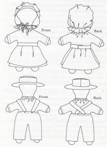 Dukkerne fandtes i mange størrelser, he rer minidukker, som er syet i to stykker, et for– og et bagstykke, kjolen er f.eks. I et stykke. Disse dukker er ca. 12 cm høje og lige til at stikke i lommen!