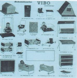 Som du vil se af denne katalogside, , er Ønskedukkeserien fra Vibo fantastisk alsidig! Læg især mærke til teltet og soveposen (sådan ting blev syet af de mange tilknyttede hjemmesyersker). Tak til Inger Marri Pedersen for billedet!
