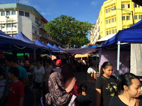 stalls at Sunday Market