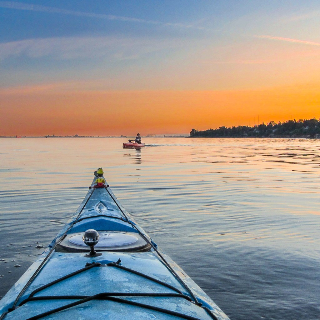 Learn to Kayak with the Duluth Folk School