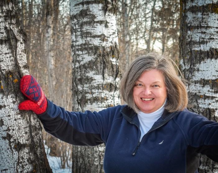 Photo of Duluth Folk School instructor Sue McDonald