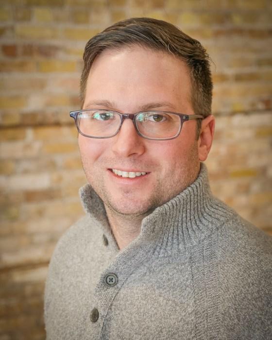 Photo of Matt Hansen, Duluth Folk School instructor