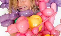 Balloon twisting at the Duluth Folk School