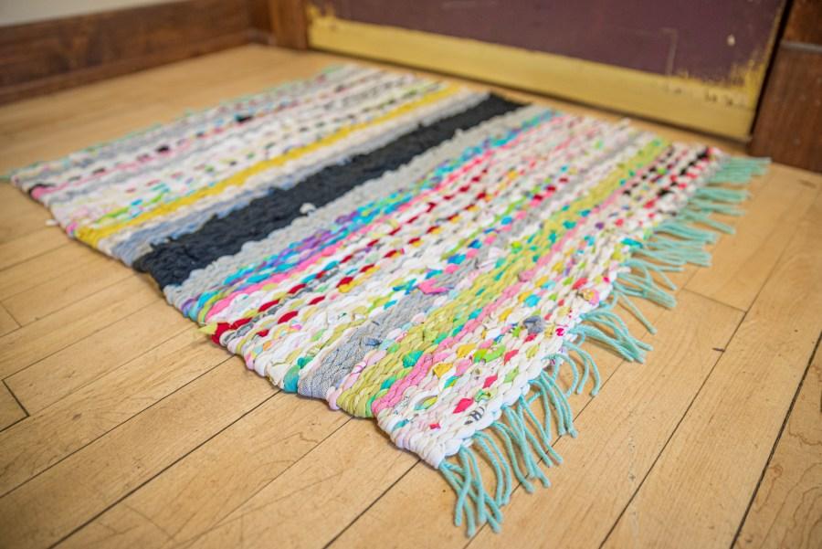 Peg Loom Weaving at Duluth Folk School