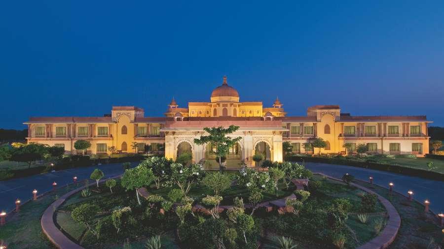 Facade_The_Ummed_Jodhpur_Hotel_n9vf4r