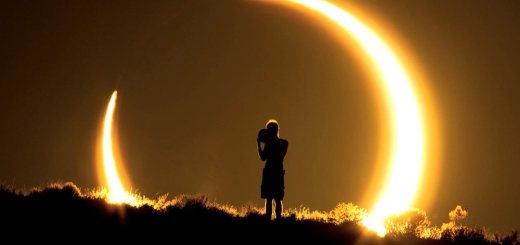 image of an eclipse
