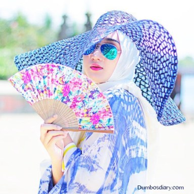 Beautiful girl in hijab