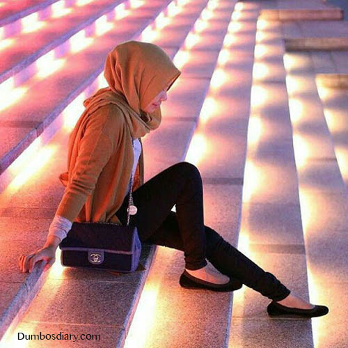 Hijabi girl in lighting