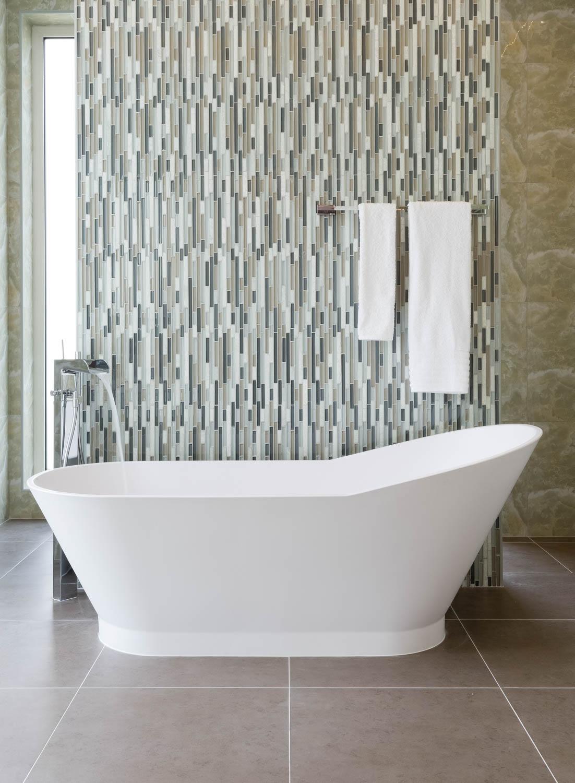Interior Photograph of a luxury bathroom in an Emirates Hills villa, Dubai