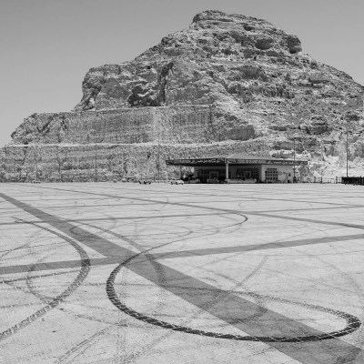Tire tracks in the car park at the top of Jebel Hafeet, UAE