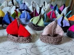 Gravesham Urban Knitters: Fish and Ships