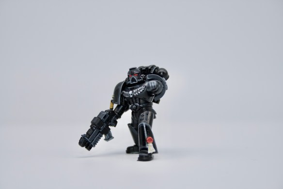 Space Marines 8 - Iron Hands 1
