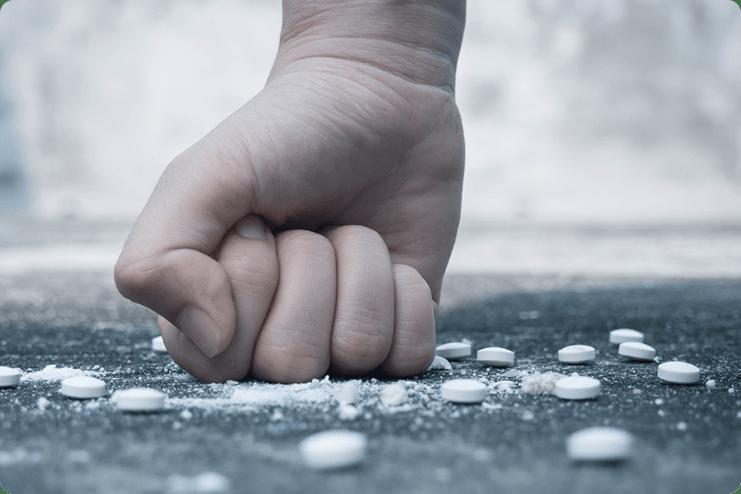 Ergenlik Dönemi ve Madde Kullanımı