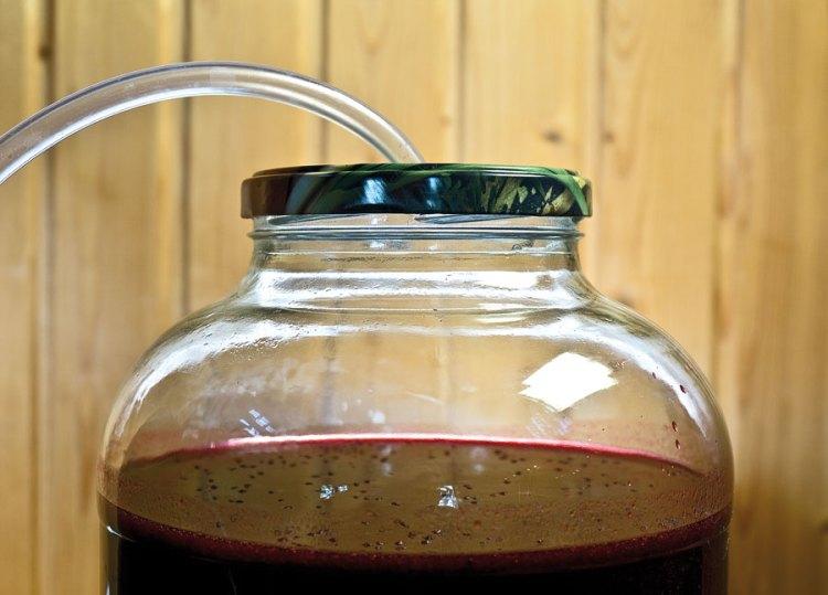 постановка сока под гидрозатвор