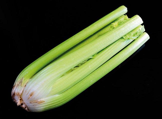 сельдерей для мяса с овощами в духовке