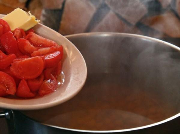 добавление помидоров в постный гороховый суп