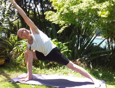MacBay,Yoga_crop