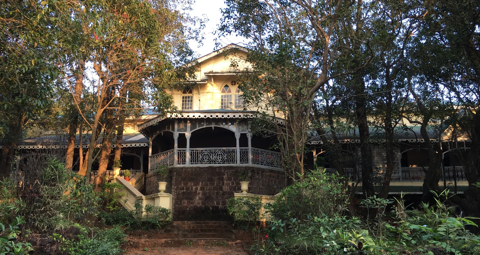 Viw of the verandah at Dune Barr House Verandah in the Forest locatad in Matheran Near Mumbai