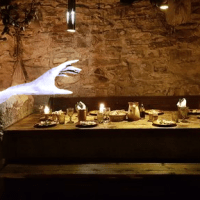 image for Mage Hand, a DnD 5th edition cantrip-level spell