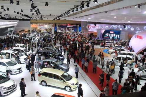 OJK Terbitkan Regulasi Baru DP Kredit Kendaraan 0%