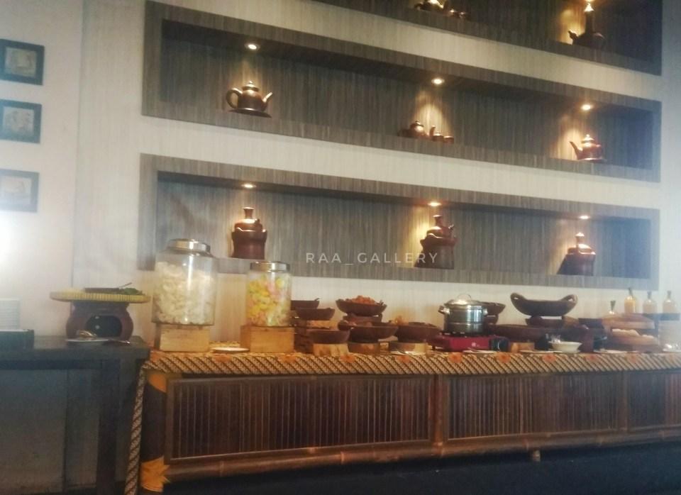 menu di restoran ambalika