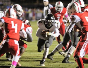 Western Harnett turns back Central, 37-14, at Eagles' Homecoming