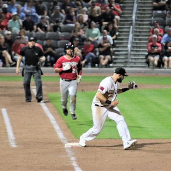 New stadium opens for Woodpeckers in Fayetteville