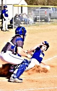 Big inning lifts Fayetteville Christian