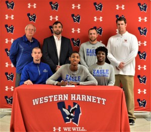 Western's Fred Lewis joins next-level signees, to wrestle at Ohio Valley