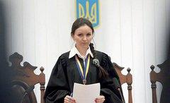 Офис Генпрокурора объявил о подозрении экс-судье, которая в 2014 году наказала протестующих, приехавших в резиденцию Януковича