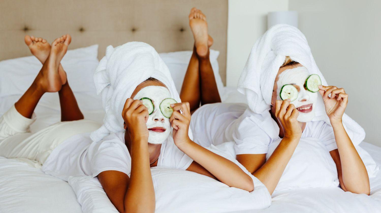 Подхранваща маска за лице