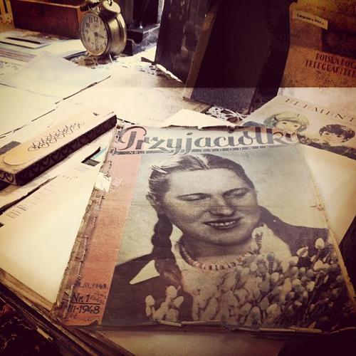 Pierwszy numer tygodnika Przyjaciółka z marca 1948 roku.
