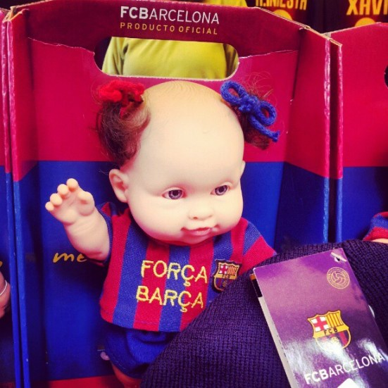 Maskotki i pamiątki związane z klubem FC Barcelona i stadionem Camp Nou