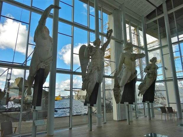 karlskrona-sala-galionow-muzeum-morskie-zwiedzanie-szwecja-w-pigulce-stenalinepolska-okrety