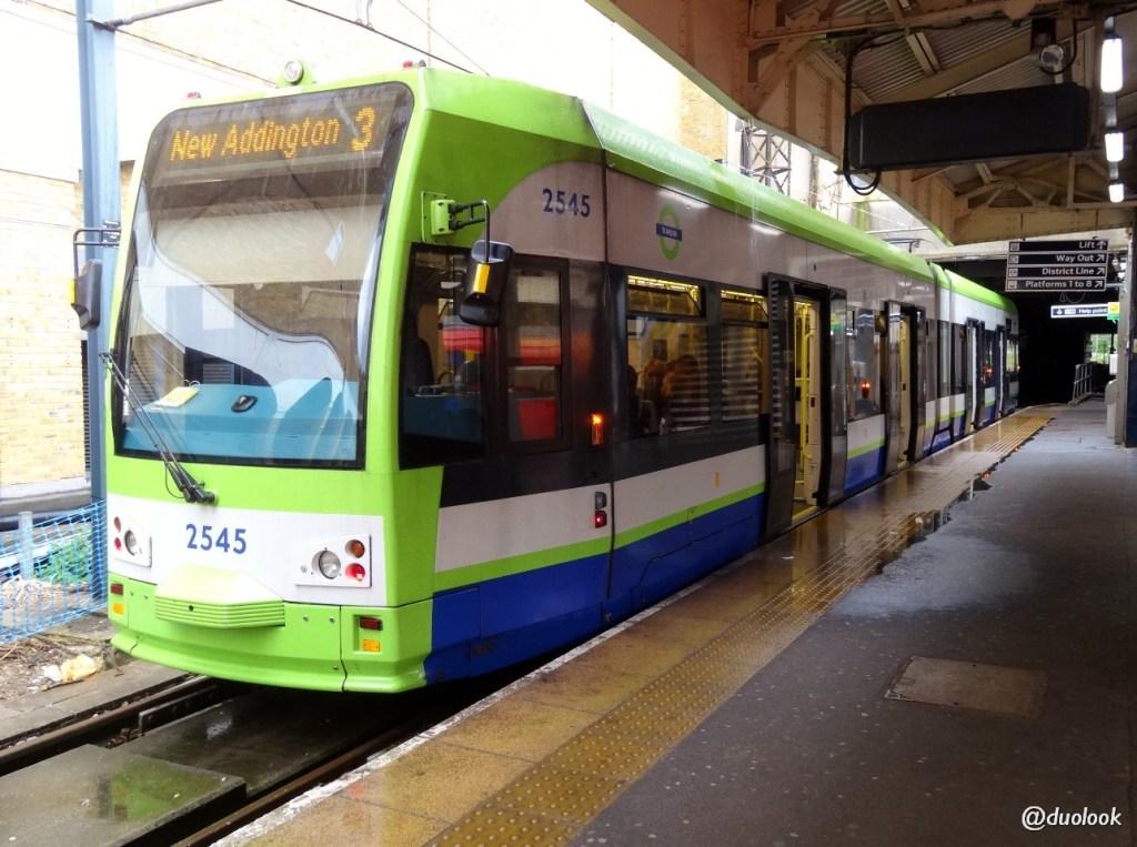 komunikacja w londynie tramwaj stacja wimbledon