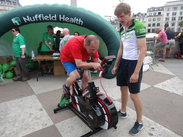 trafalgar-square-nuffield-health-londyn-tour-de-france-fanpark