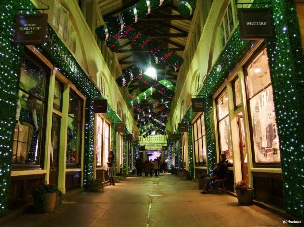 covent-garden-market-londyn-swieta-bozegonarodzenia-atrakcje-zima-zakupy-w-londynie-swiateczne-grudzien-hala-targowa