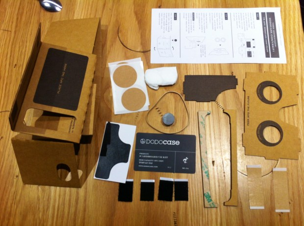 dodocase-vr-google-cardboard-wirtualna-rzeczywistosc-smartfone-londyn-duolook-trend-instrukcja-karton-nfg-tag