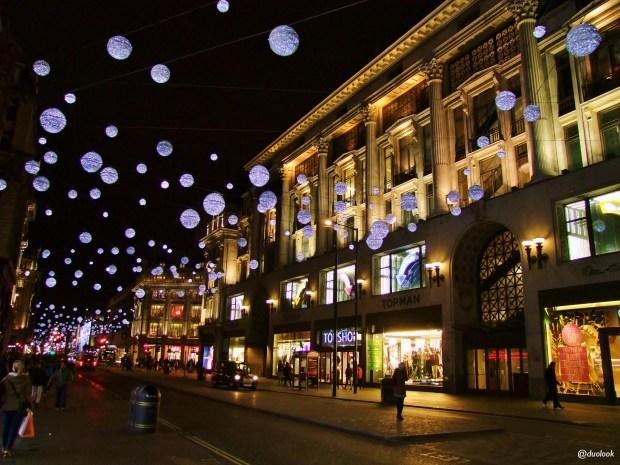oxford-street-londyn-swieta-bozegonarodzenia-atrakcje-zima-zakupy-w-londynie-swiateczne-grudzien-33