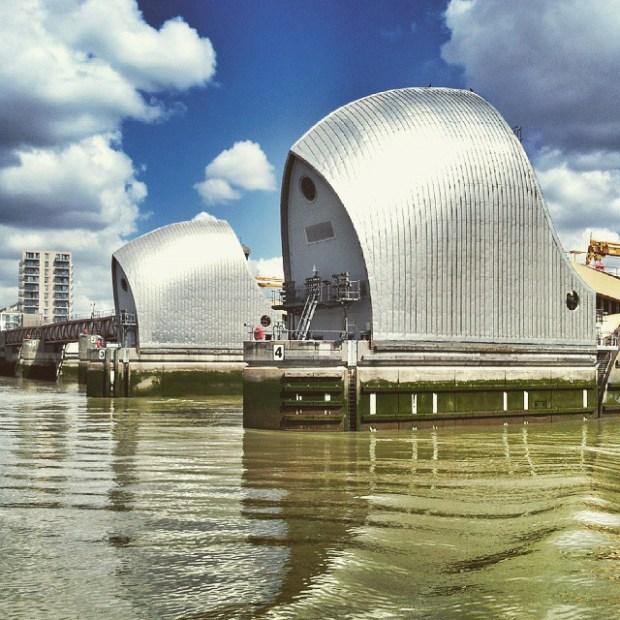 Instameet-Londyn-Gdansk-Instagram-weekend-w-londynie-thamer-barrier-tama-na-tamizie