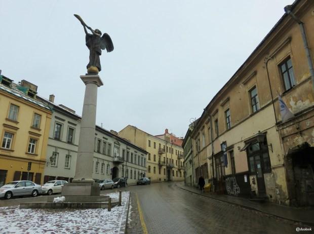 aniol-UzUPIS-ZARZECZE-wilno-atrakcje-zwiedzanie-litwa-weekend-w-wilnie-17