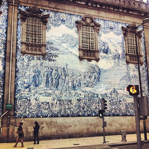 azulejos-porto-igreja-dos-Carmelitas-Descalcos-portugalia