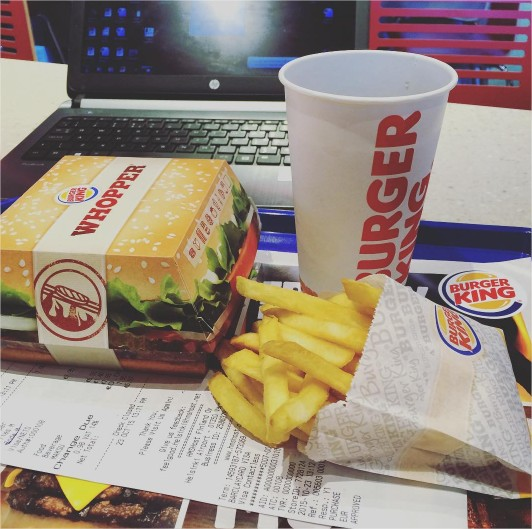 whoopper burger king helsinki lotnisko co zjeść