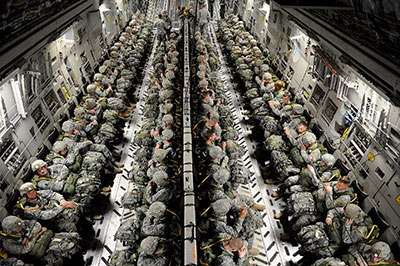 82nd Airborne paratroopers in c-17