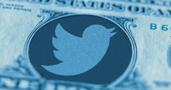 twitter cites mobile application promotion international user growth for solid q1 1 - Twitter Cites Mobile Application Promotion, International User Growth for Solid Q1
