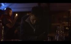 LA ÚLTIMA VEZ. Dirección: Marco Sadí Producción: Manuel Alvarado, Jorge Andrés Meraz Guión: Marco Sadí Fotografía: Chícharo Maldonado Edición: Manuel Alvarado Reparto: Joshi Madrid, Jonás Quintanilla, Alma Liliana Segura, Benny González Tras un disparatado intento de recuperar un viejo amor, Samuel va a su bar de preferencia. Ahí le cuenta a Raúl, el dueño del bar, el desafortunado desenlace del encuentro.