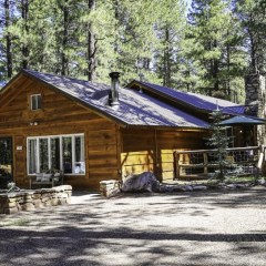 Virtual 360 Tour! Nestled in the Pines